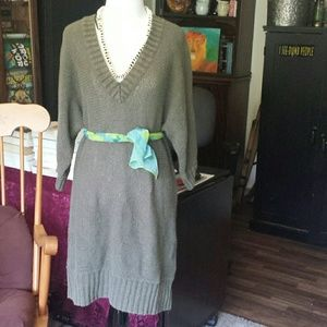 Maternity sweater dress large